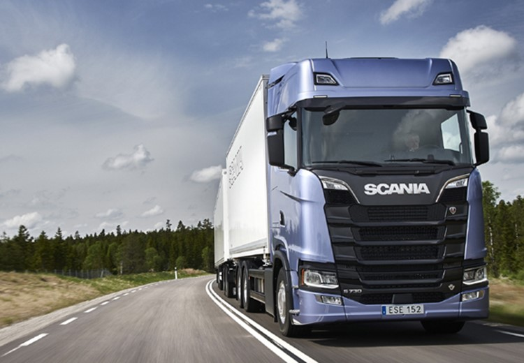 Infineum Insight | Scania drives for protection and value